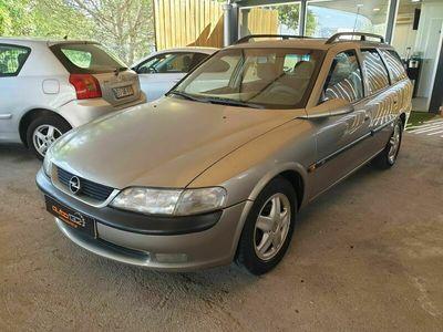 usado Opel Vectra Caravan 1.6 CD GPL
