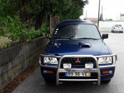 usado Mitsubishi L200 2.5 tdi