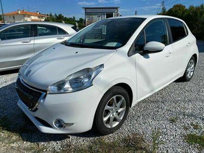usado Peugeot 208 1.6 e-HDi Active