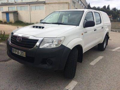 używany Toyota HiLux -4x4-144cv-d4d