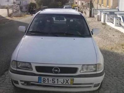 usado Opel Astra 1.4