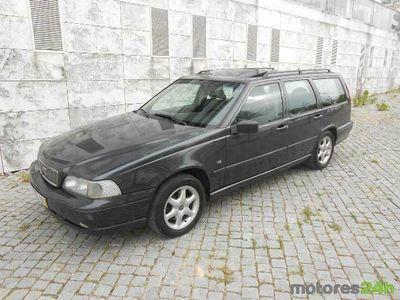 usado Volvo V70 GLE