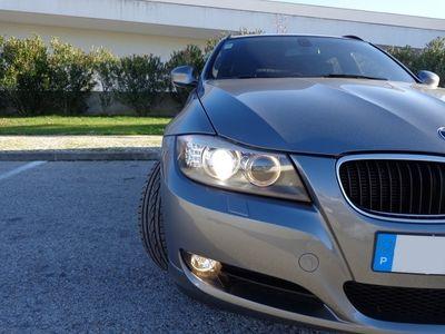 usado BMW 318 Série 3 d Touring 143cv 5p C/GPS e Bi-xenon (Preço com 1 ano de garantia, possibilidade de 2)