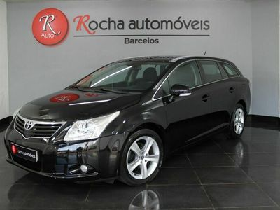 usado Toyota Avensis SW 2.0 D-4D Exclusive