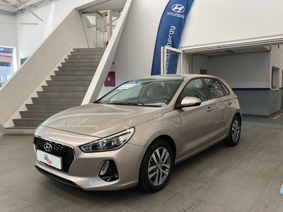 usado Hyundai i30 5P 1.6 CRDi COMFORT + NAVI 110CV 2018