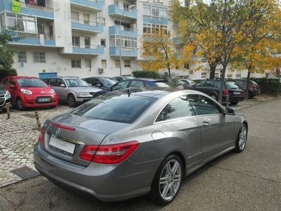 usado Mercedes E250 Classe ECDi Avantgarde BlueEf. Auto (204cv) (3p)