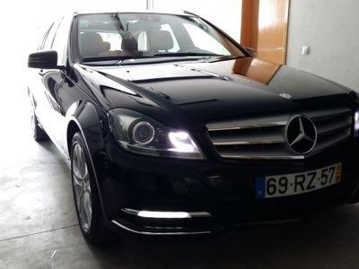usado Mercedes C220 Avantgard Todos os Extras Livro de Revisões