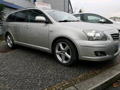 usado Toyota Avensis Sol