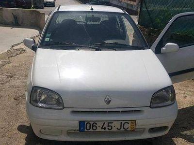 usado Renault Clio comercial