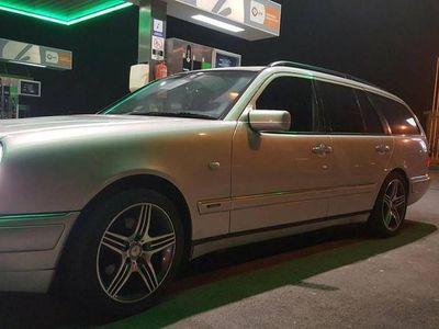 usado Mercedes E300 avantgard -