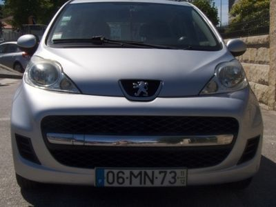 usado Peugeot 107 1.0 Black and Silver