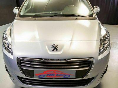 usado Peugeot 5008 1.6 e-HDI 2-Tronic Navigator