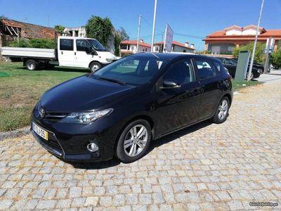 usado Toyota Auris D4D