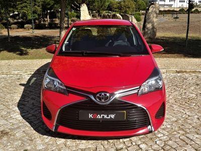 usado Toyota Yaris 1.4 D-4D Comfort Pack Style