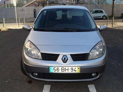 usado Renault Scénic 1.5 dCI 105CV AC - 06