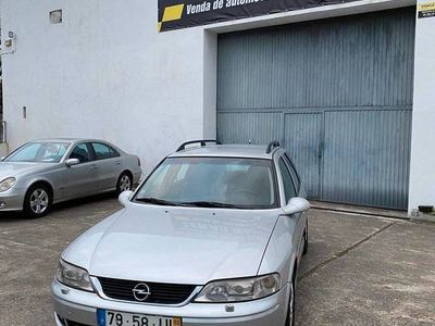 usado Opel Vectra 2.2 DTI SPORT