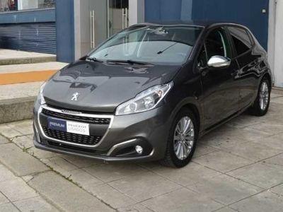 usado Peugeot 208 1.5 BlueHDi SignatureViatura de serviço