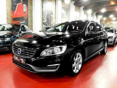 usado Volvo V60 1.6 D2 Momentum Eco (115cv) (5p)