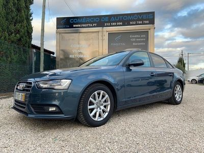 usado Audi A4 2.0 TDi Exclusive (143cv) (4p)