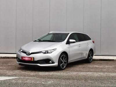 usado Toyota Auris Touring Sports Auris T1.4D Comfort + Techno + Pack Sport