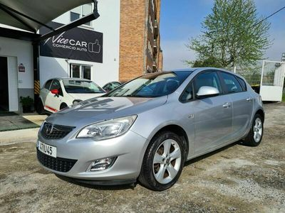 usado Opel Astra 1.4 Cosmo Nacional