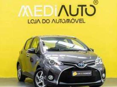 usado Toyota Yaris Híbrido Gasolina