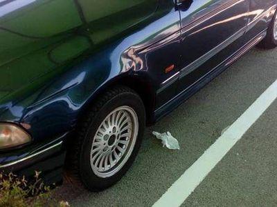 usado BMW 525 5 portas -