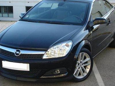 usado Opel Astra Cabriolet Twintop 1.9CDi 150cv