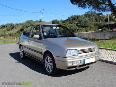 usado VW Golf Cabriolet 1.6 Avantgard