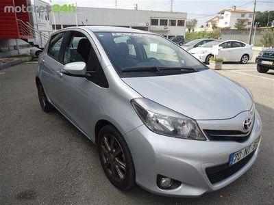 usado Toyota Yaris 1.4 D-4D Sport