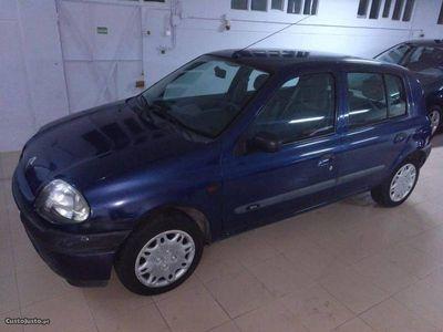 gebraucht Renault Clio Clio1.2 RT Ano 2000 .000 kms