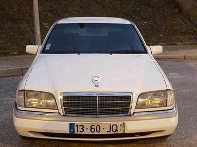 usado Mercedes C250 sedan