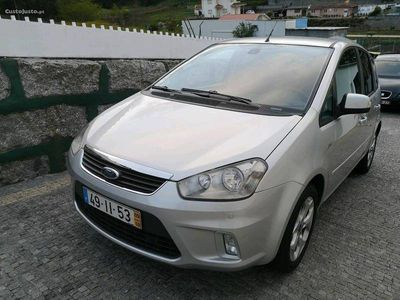 used Ford C-MAX titanium