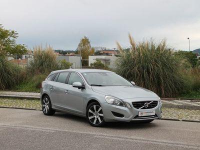 usado Volvo V60 2.4 HIBRYD D6 AWD