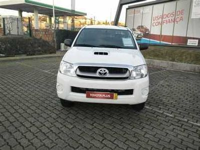 usado Toyota HiLux 2.5 D-4D 4WD CD CM PM