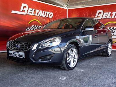 usado Volvo S60 2.0 D3 Momentum (163cv) (4p)