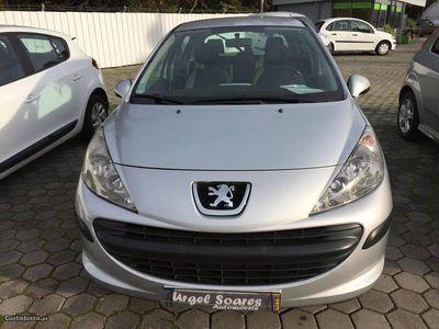 usado Peugeot 207 HDi