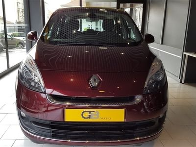 usado Renault Grand Scénic 1.5 dCi Luxe 7L (110cv) (5p)
