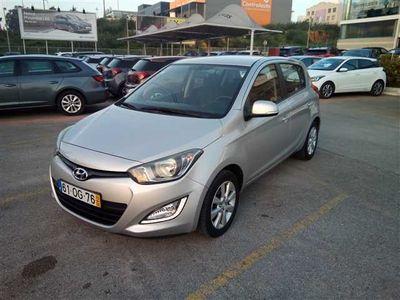 usado Hyundai i20 1.1 CRDi Urban (75cv) (5p)