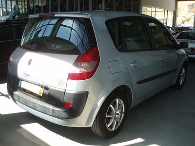 usado Renault Scénic 1.5 dCi Confort (80cv) (5p)