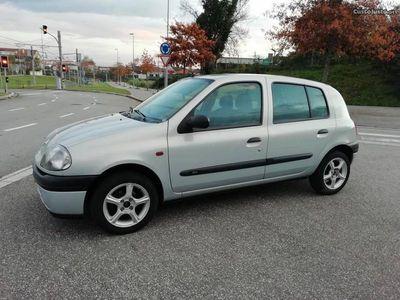 usado Renault Clio 1.2 47000km reais
