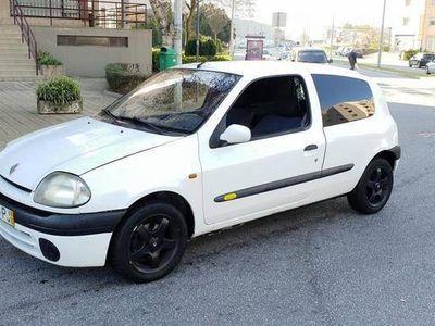 usado Renault Clio 1.9D 2LUG