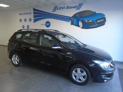 gebraucht Hyundai i30 SW 1.6 CRDI BLUE DRIVE