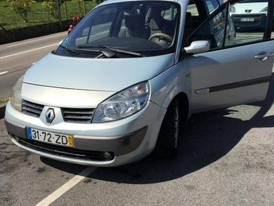 usado Renault Scénic 5 lugares AC diesel
