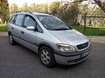 usado Opel Zafira 2.0 a/c 7 lug 2002