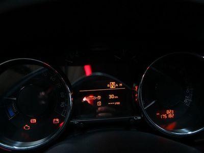usado Peugeot 3008 HIBRIDO
