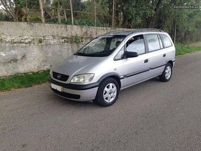 usado Opel Zafira 2.0 Dti-5 lugares