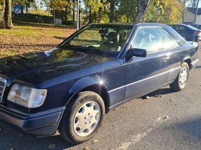 usado Mercedes E200 Coupe