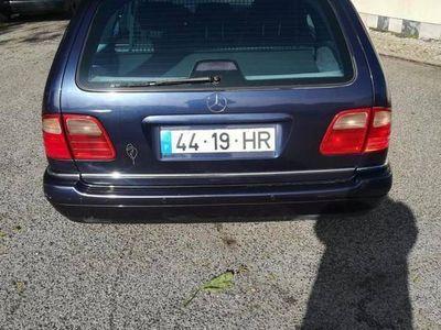 usado Mercedes E290 Avant-garde