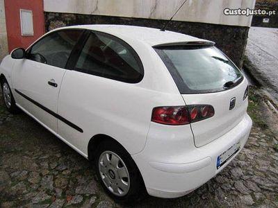 usado Seat Ibiza 1.9 impecavel troco -